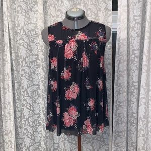 Delicate Black and pink floral sleeveless top